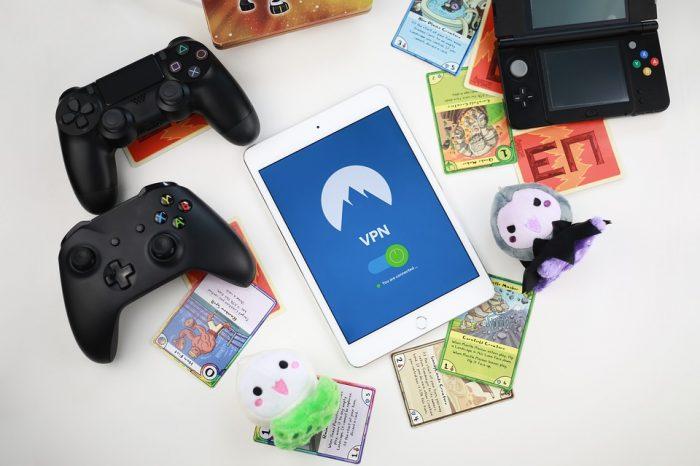 ゲーム機やカード等のおもちゃ